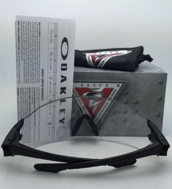 97fdc7afbc New OAKLEY Sunglasses BATWOLF OO9101-07 and 14 similar items