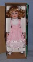 House of Lloyd Hope Giselle 1993 Porcelain Christmas Doll #541703 - $14.99