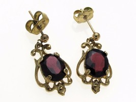 Vintage 9 Carat Gold 9 x 7 mm Garnet Drop Earrings  - $100.41