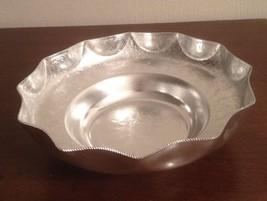 "Vintage KALIAN NYC Aluminum Scalloped Dish  8"" Italy - $8.91"