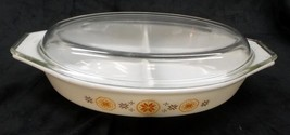 Pyrex 1 1/2 Quart 'Town & Country' Divided Dish with Lid - No Reserve - $17.95