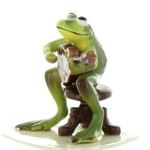 Hagen Renaker Miniature Frog Froggy Mountain Breakdown Mandolin Ceramic Figurine image 4