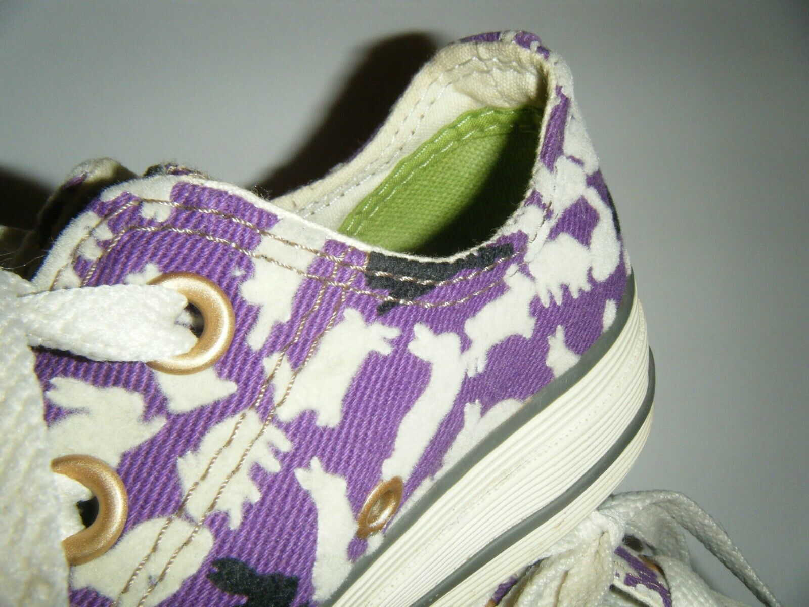 Converse All Star Tennis Shoes Mens 3 Womens 5 Ox Bunny Rabbit Purple Flocked image 5