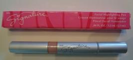 Mary Kay Signature Facial Highlighting Pen Facial Crayon Illuminator .04... - $12.19