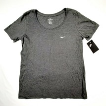 The Nike Tee Women's T-shirt Size Large Gray Athletic Cut D113 - $14.84