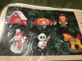 Vtg 1983 Creative Circle Toyland Ornaments 6 Felt Ornaments Craft Kit NO... - $14.80