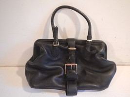 Isaac Mizrahi black Leather Shoulder Bag Purse - $9.90