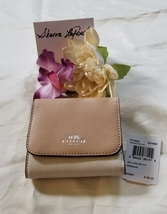 NWT Authentic Coach Women's Crossgrain Leather Small Wallet, F57825 - $41.00