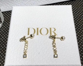NEW AUTH Christian Dior 2019 DIO(R)EVOLUTION EARRINGS GOLD STAR CRYSTAL DANGLE image 4