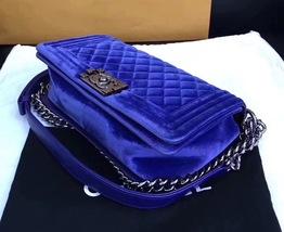 AUTHENTIC CHANEL ROYAL BLUE QUILTED VELVET MEDIUM BOY FLAP BAG SHW image 3