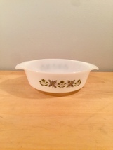 Vintage 60s Anchor Hocking 1qt casserole - Meadow Green pattern #436