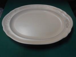 """Pfaltzgraff """"Remembrance"""" ....Oval Platter ..14.5"""" - $10.11"""