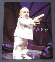 Verne Troyer Hand Signed 8x10 Photo COA Austin Powers Mini Me - $50.00