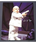 Verne Troyer Hand Signed 8x10 Photo COA Austin Powers Mini Me - $50.00