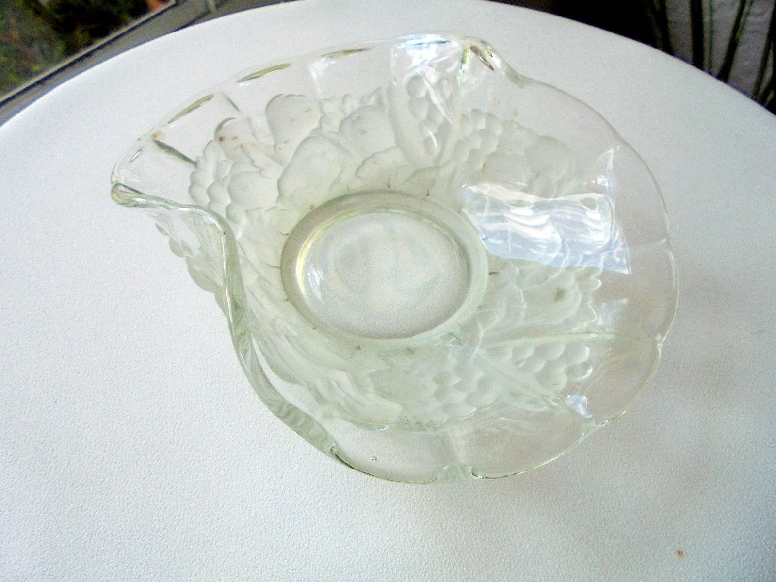 "Indiana Glass Frosted Fruit Garland 7"" Bent Bowl"