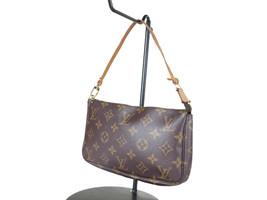 LOUIS VUITTON Pochette Accessoires Monogram Canvas Leather Hand Bag LP3024 - $369.00
