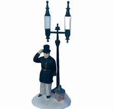 Department 56 Heritage village Christmas figurine Constable 5579-4 stree... - $19.30