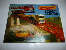 VINTAGE DIECAST MATCHBOX 1981/82 CATALOG- GOOD SHAPE - H34 - $3.15