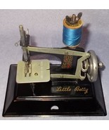 Vintage Little Betty Child's Black Toy Sewing Machine England Complete Operates - $69.95