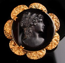 Antique Cameo Brooch - Large Victorian pin - relief setting - estate jew... - $125.00