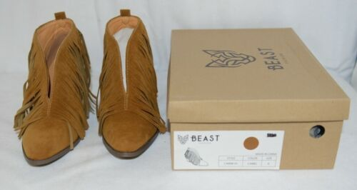 Beast Fashion Carrie 01 Camel Fringe Slip On Shoes Size Six