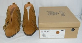 Beast Fashion Carrie 01 Camel Fringe Slip On Shoes Size Six image 1