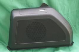 Vw Beetle Fender Audio BASSMAN Radio Stereo Speaker Trunk Subwoofer 5C5.035.591 image 2