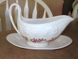 Wedgwood Orient Wellesley Gravyboat with attached Underplate - $26.47