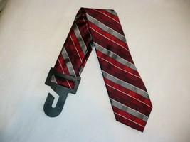 George Men's Neck Tie Red Gray Shaded Geo Dress Tie New - $10.19