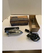 VINTAGE GREYHOUND ELECTRIC TRAVEL IRON WITH Original Box - See description  - $24.95