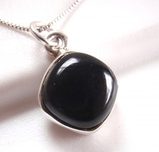 Black Onyx Square with Soft Corners 925 Sterling Silver Necklace Corona Sun - $265,42 MXN