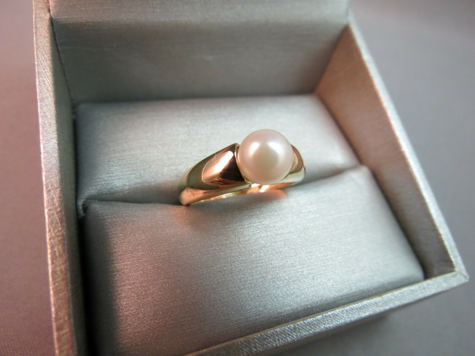 Vintage 14K Yellow Gold Pearl Wide Band Ring Size 6.75 Designer WW 7mm