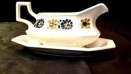 Gravy Bowl and Plate (2 piece ) AA20-2158 image 5
