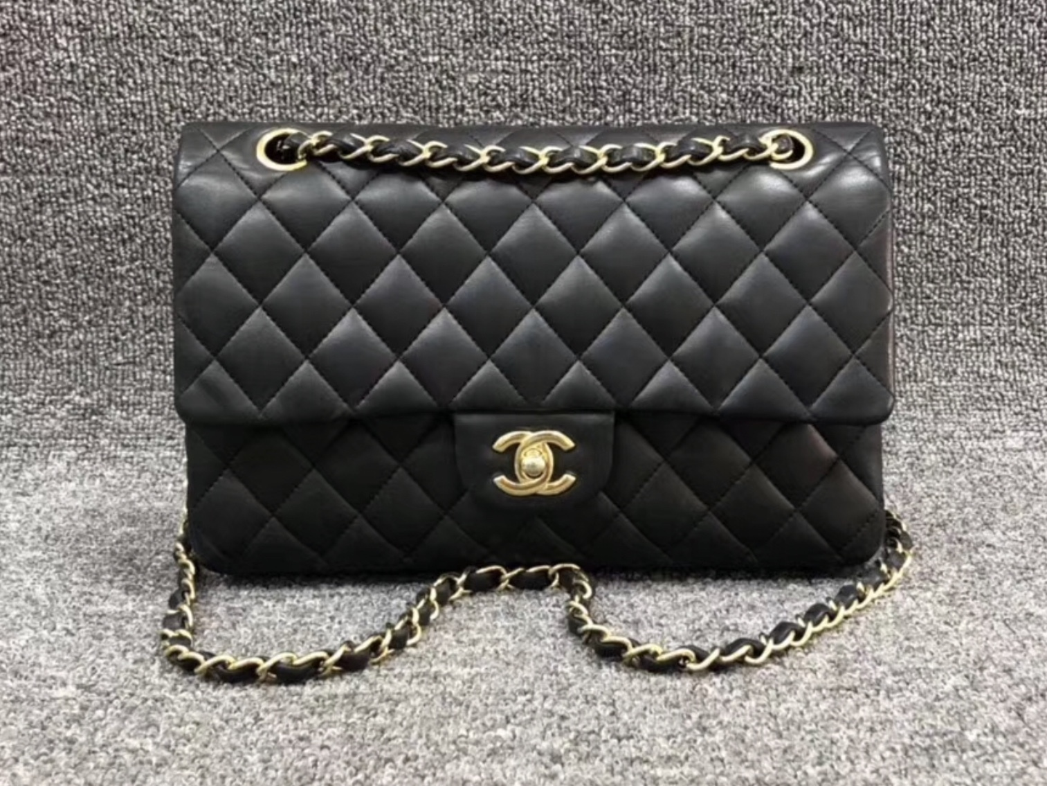 AUTHENTIC Chanel Quilted Lambskin Classic Medium Black Double Flap Bag GHW