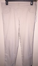 NWT WOMEN'S TAIL ACTIVEWEAR ESSENTIALS MODERN FIT CROPPED GOLF PANTS SZ 8 - $37.61