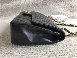 100% Authentic Chanel Vintage Black Lambskin Medium Classic Double Flap Bag GHW image 4