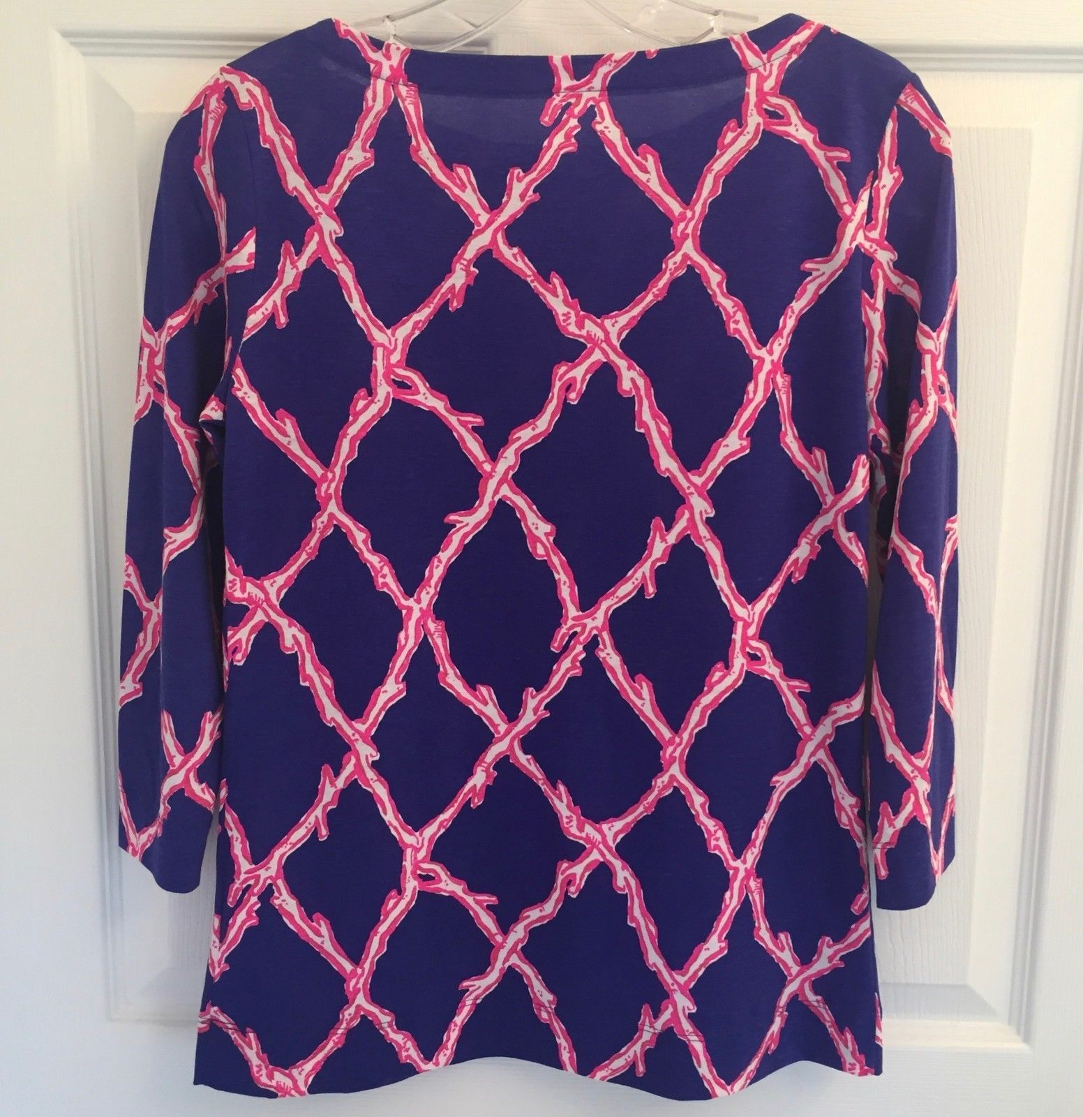 4b13f252dfe NEW LILLY PULITZER SZ XS Women s Navy Pink Top Blouse Tunic Gold Button  Accents