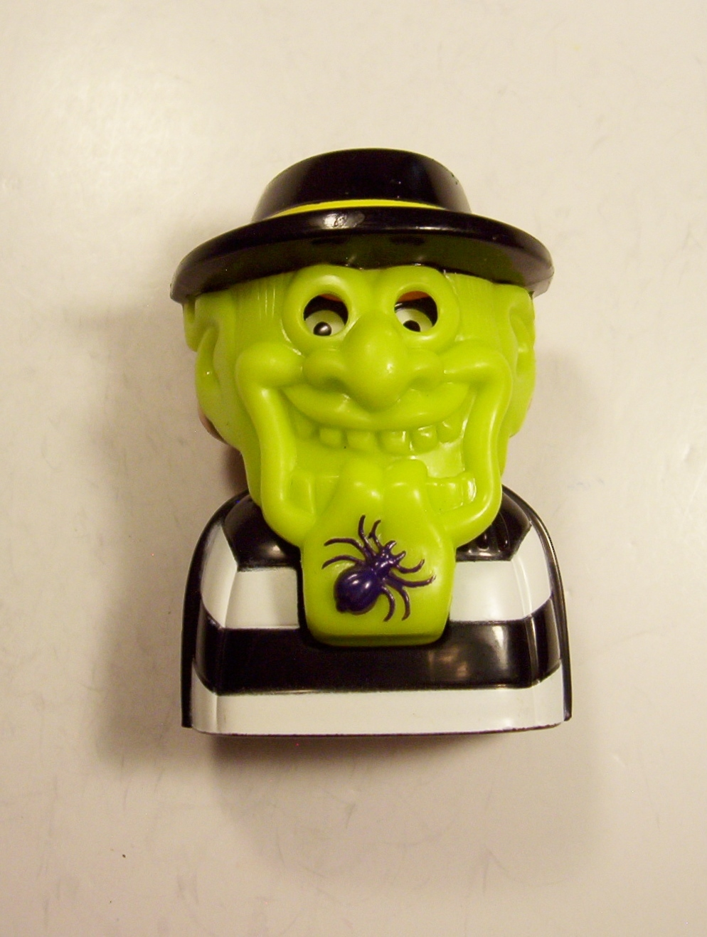 Primary image for Ronald McDonald Hamburglar #6 Candy Dispenser Green Mask Black Spider Chin 1988