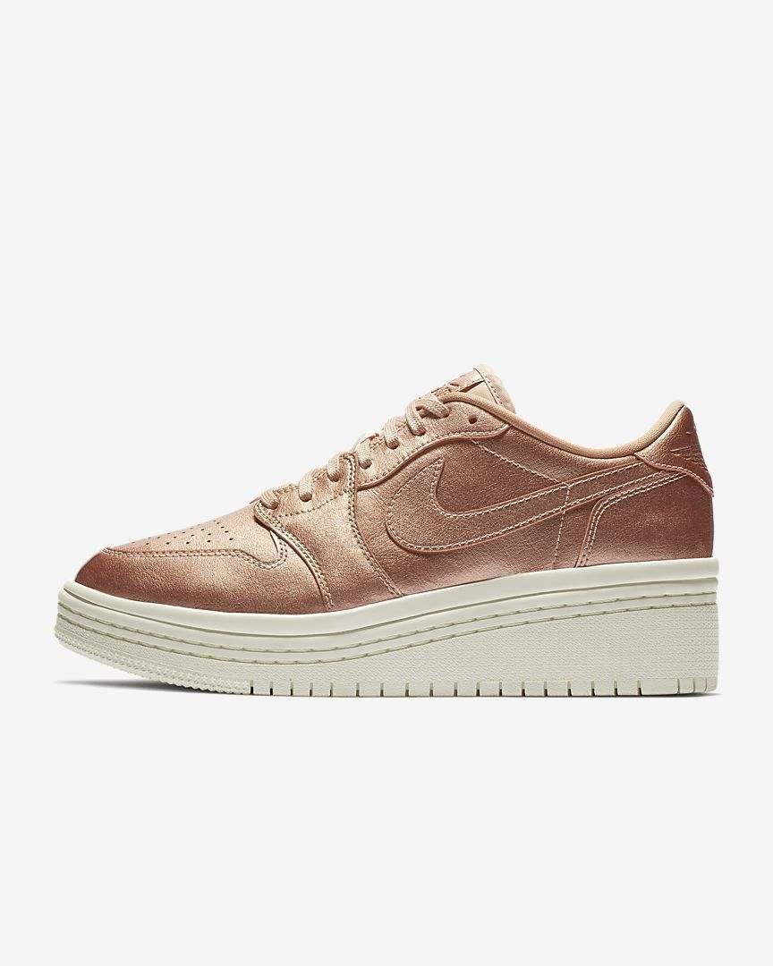 NIB*Nike*Womens* AIR Jordan 1 Lifted*Metallic red Bronze*6-10 Half *Sneaker