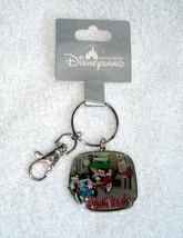 Disneyland Hong Kong Mickey Minnie Goofy 3D Keychain NIP - $17.77