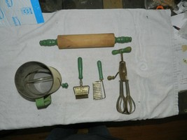 Vtge Kitchen Utensils Tools, Green Handles, Lot of 5 Rolling Pin, Sifter... - $34.64