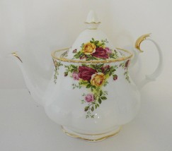 Royal Albert Old Country Roses Bone China Teapot Holds 6 Cups - $129.99