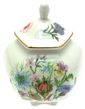 Aynsley Wild Tudor Covered Box And Lid - $38.22