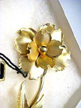 Large Vintage CORO Brooch Gold tone Flower in Original John Wanamaker Box Tags image 12