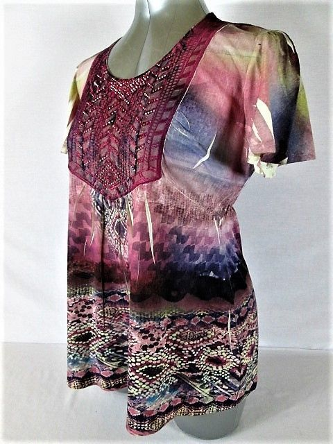 ONE WORLD WOMENS  M  SHORT SLEEVE MULTI COLOR RHINESTONE STRETCH TOP BLOUSE (G)P