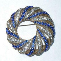 Vintage Boucher Blue and Clear Rhinestone Wreath Pin Brooch - £72.53 GBP