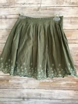 Gap Girls Green Flower Embroidered Pleated Skater Skirt Size 4 - $8.91