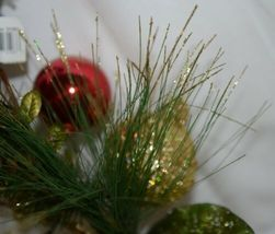 Unbranded 31263 Holiday Ball Christmas Holly Berries Pine Needles Spray image 7