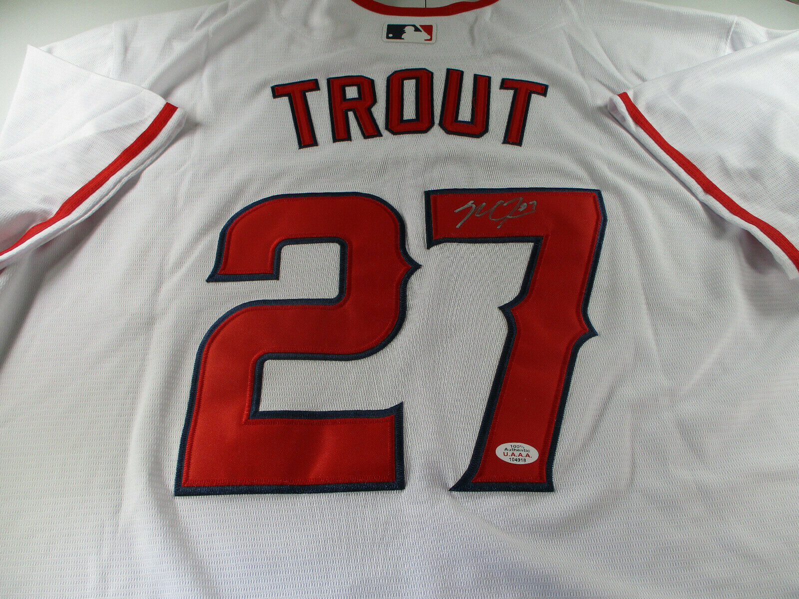 MIKE TROUT / AUTOGRAPHED LOS ANGELES ANGELS PRO STYLE BASEBALL JERSEY / COA