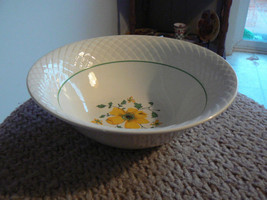 Wedgwood Jacqueline round bowl 1 available - $15.79